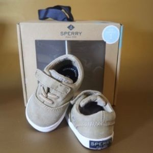 Infant SPERRY baby shoes